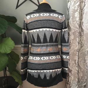 Sweaters - Geometric Aztec Pattern Cardigan Sweater